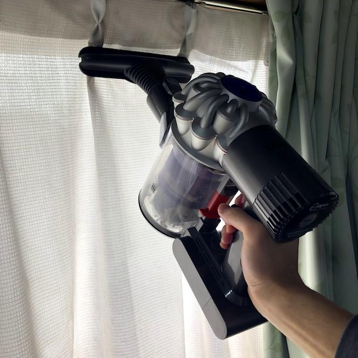 カーテンの掃除