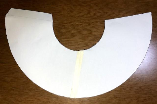 エリザベスカラーの型紙を組み合わせた画像
